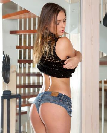 sexy Yarina A as stunning