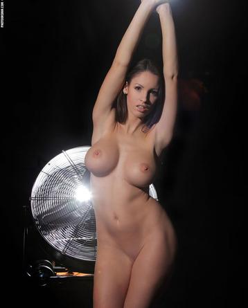 Luciana The Housebreaker