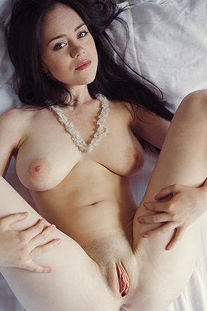 Busty Hottie Spreads In Her Bed