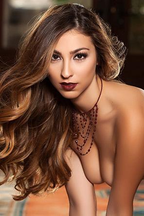 Cierra Avalon Glamour Playmate Posing Naked