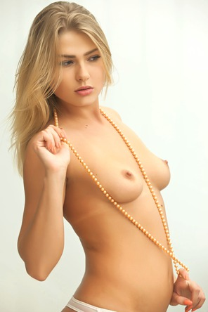 Sexy Blonde Lucy